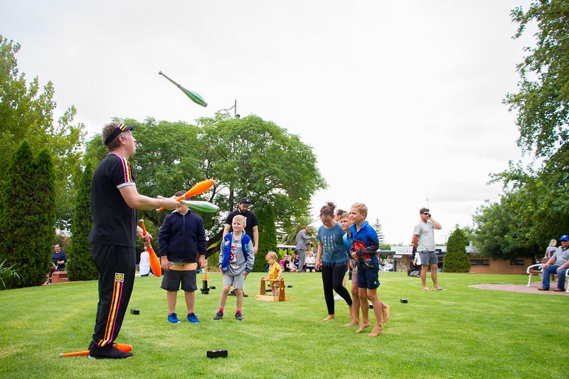 BarossaFringe-LaunchParty-CreditNathanielMason-R-6736.jpg