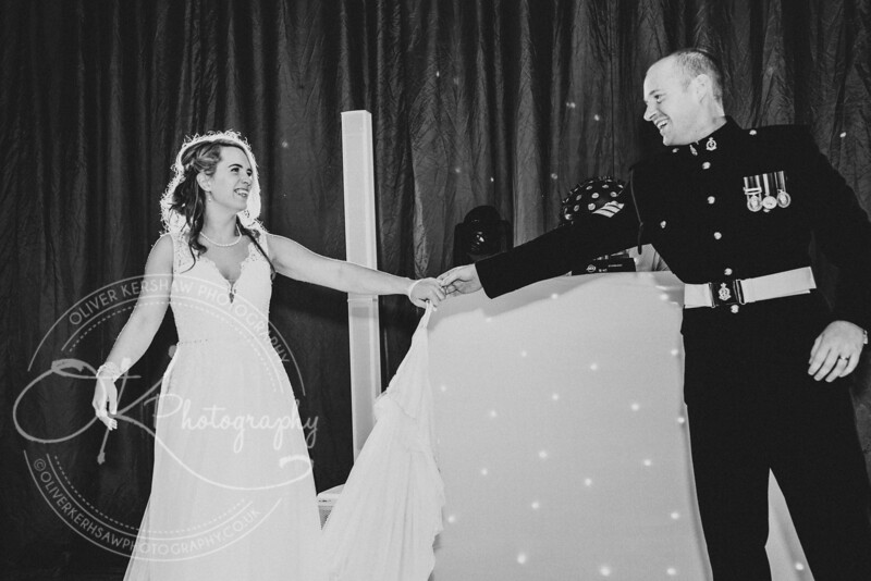 Wedding-Perry & Tara-By-Oliver-Kershaw-Photography-201936-2.jpg