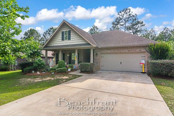 107 Crab Apple Ave., Crestview, FL.