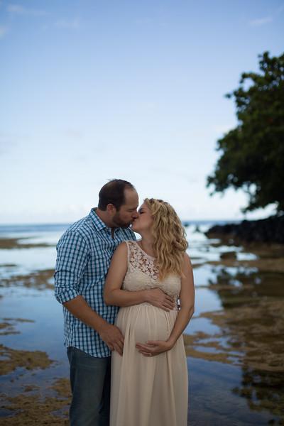 Kauai maternity photography-17.jpg