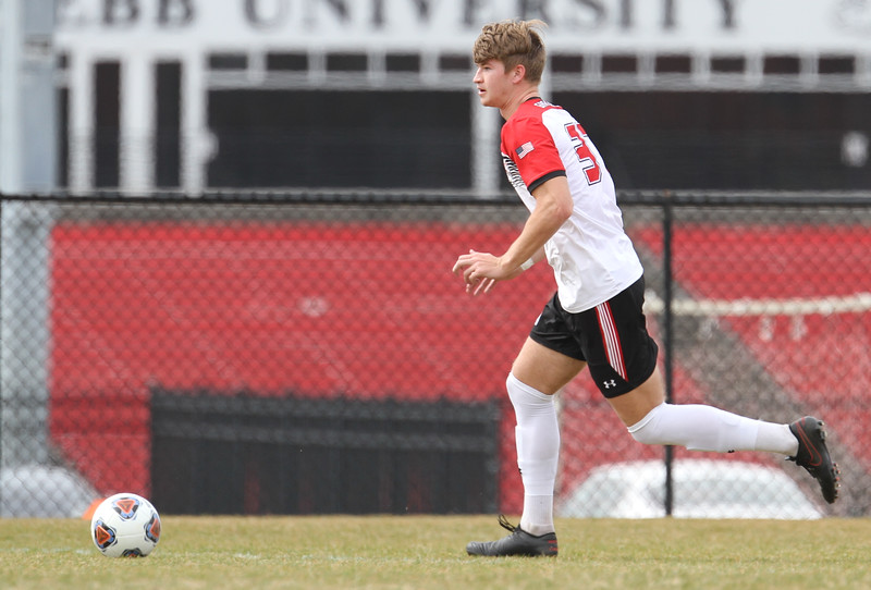 Men's soccer defeats PC in Conference play.