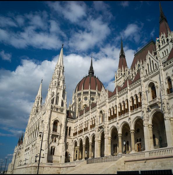 Budapest - page004.jpg