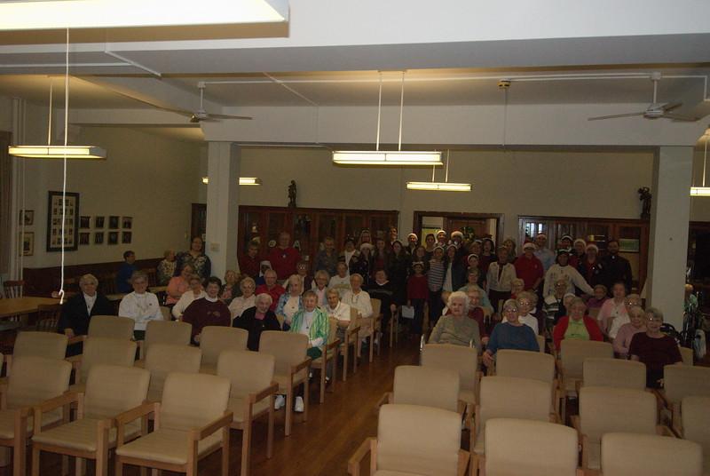 2014-12-10-Christmas-Caroling-at-Sisters-of-Divine-Providence_016.jpg