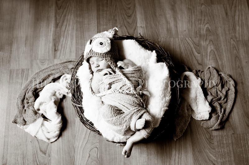 Hillary_Ferguson_Photography_Carlynn_Newborn006.jpg