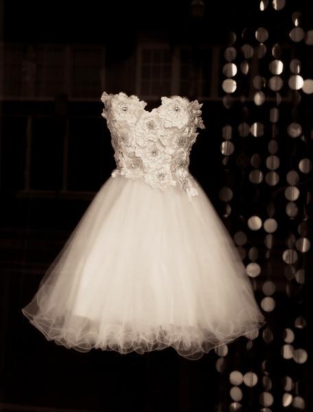 2011-06-08 White Dress Downtown Lufkin 6055.jpg