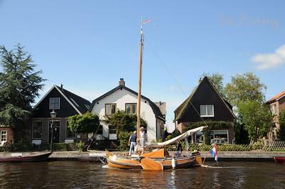 Giethoorn to Scheerwolde via Weerribben