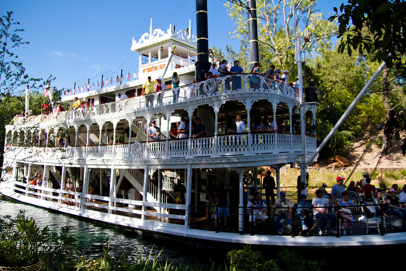 The Mark Twain Passing By Tom Sawyer's Island