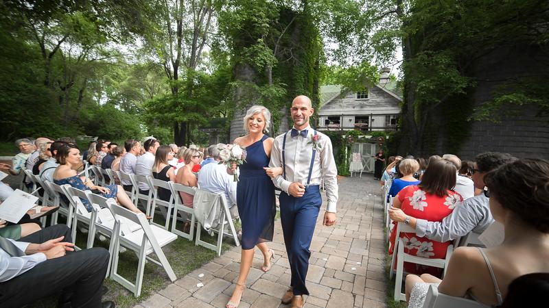 Garrett & Lisa Wedding (423).jpg
