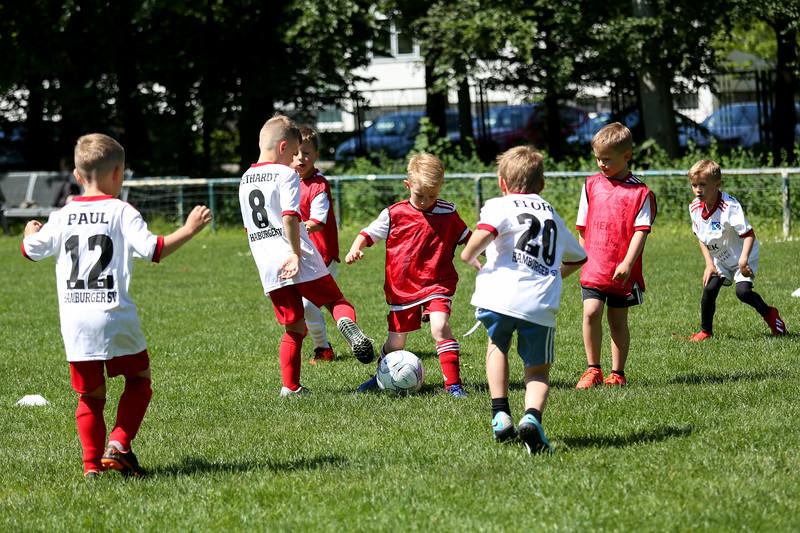 hsv_fussballschule-516_48047999773_o.jpg