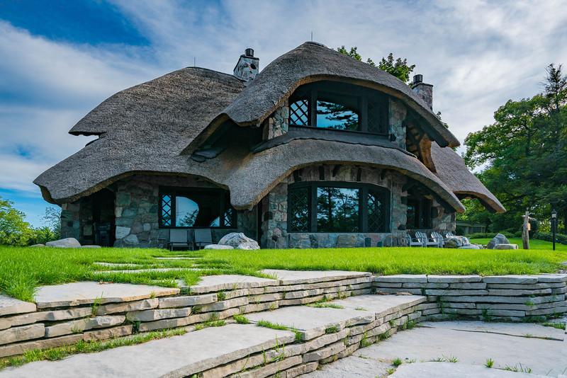 mushroom-houses-charlevoix-2.jpg