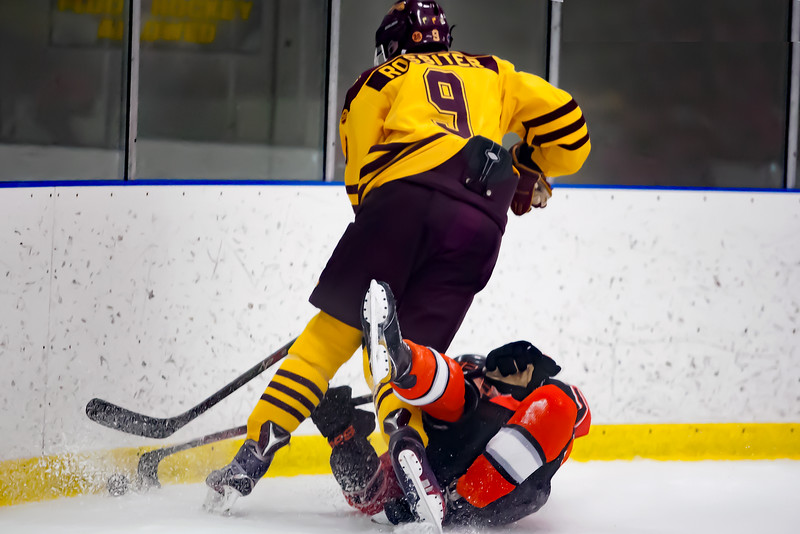 walsh_hockey_112516_023.jpg