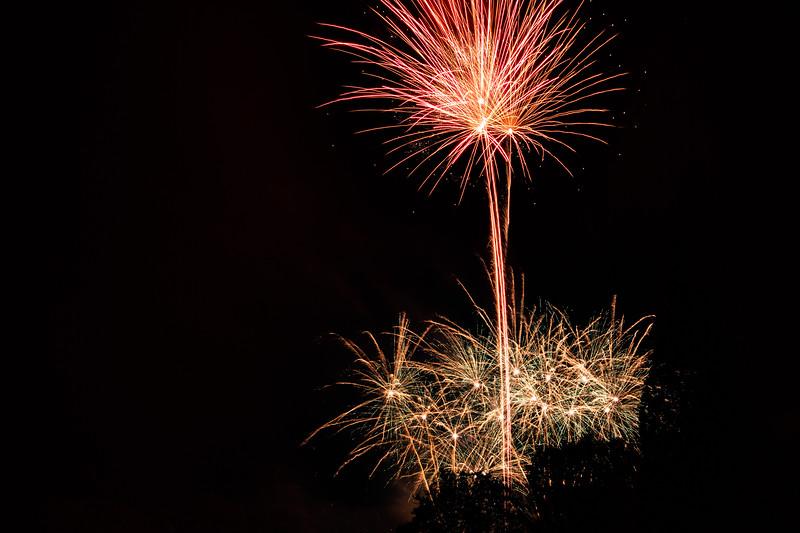 2018 - Dunorlan Park Fireworks 022_