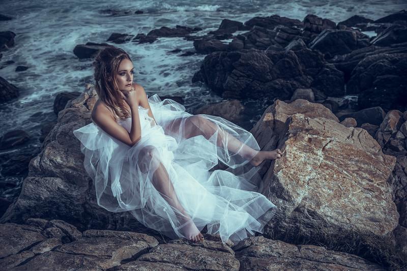 Dani Ray - Beach Editorial