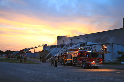 3 Alarm Building Fire 2300 N. Broadway (6/2/11)