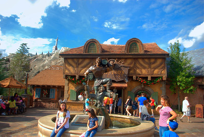 WDW HDR Gaston's Cafe