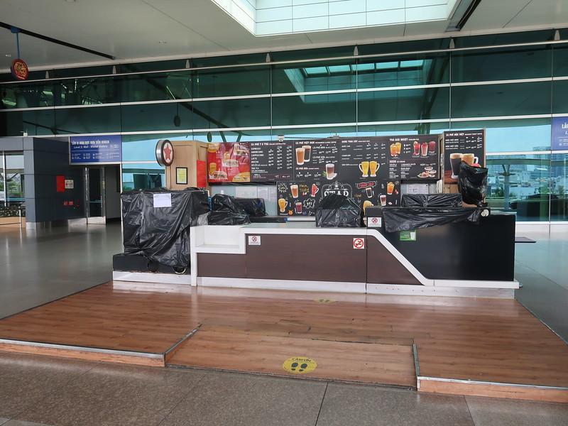 IMG_9848-closed-cafe.JPG