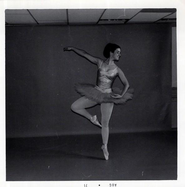 Dance_1135_a.jpg