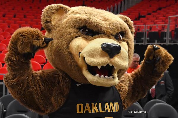 Oakland Women's Basketball VS UIC 03-02-18