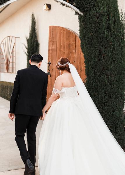 Alexandria Vail Photography Wedgewood Fresno Wedding Alexis   Dezmen404.jpg