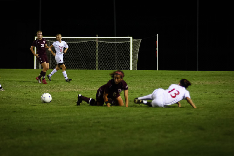 W. Soccer vs. Winthrop_09-27-2011_-52.jpg