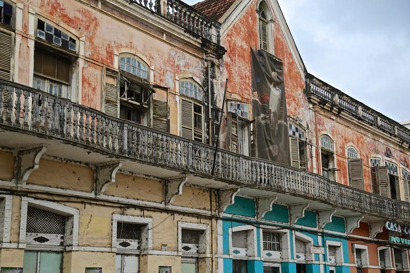 014_Sao Tome Island. Colonial Building.jpg