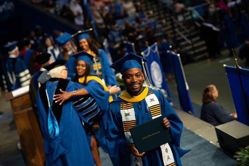 May 12, 2018 commencement -1062.jpg