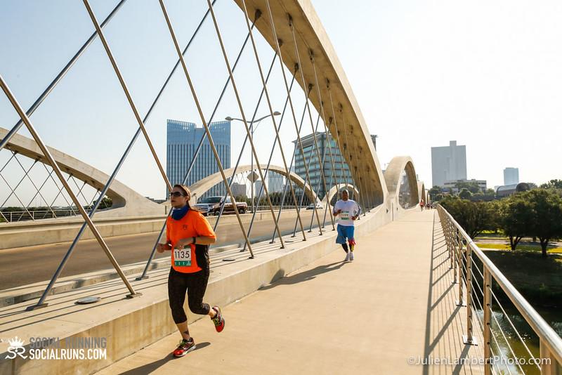 Fort Worth-Social Running_917-0337.jpg