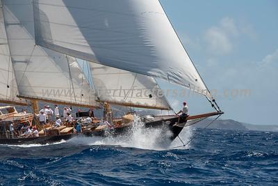ASCHANTI IV under sail