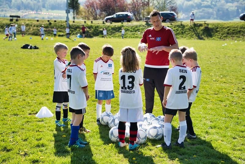 hsv-fussballschule---wochendendcamp-hannm-am-22-und-23042019-c-36_46814450955_o.jpg