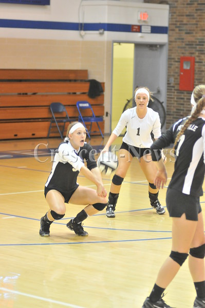 10-21-14 Sports Pettisville vs Toledo Christian Dist. V-Ball