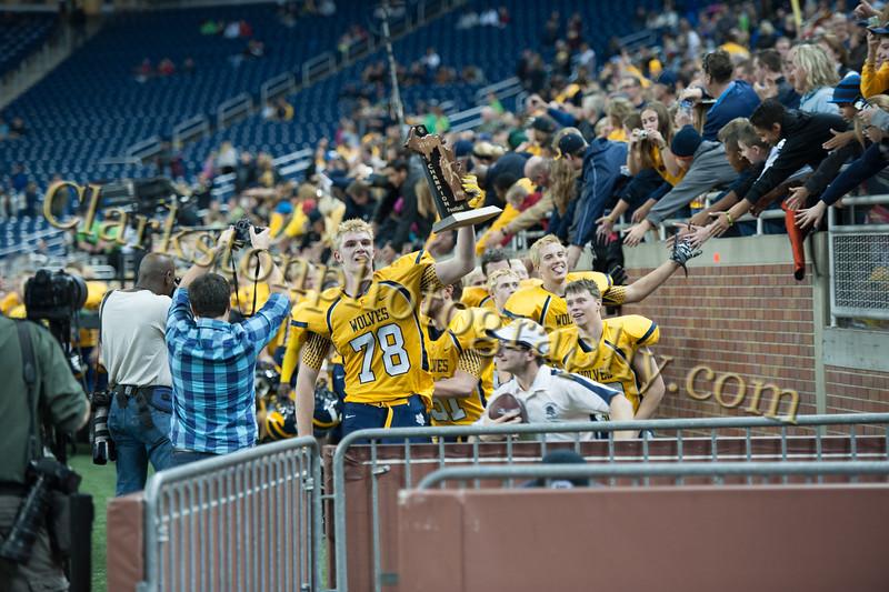 2014 Clarkston Varsity Football vs. Saline 916.jpg