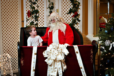 Rams Banquet- Santa!