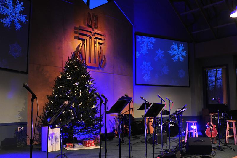Christmas_Coffeehouse_5.jpg