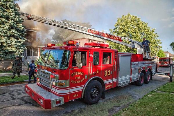 Detroit MI - Box Alarm - July 4, 2014 - 6140 Rohns St.