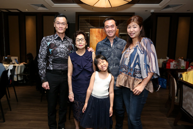 VividSnaps-Anne-Wong's-70th-Birthday-WO-Border-28511.JPG