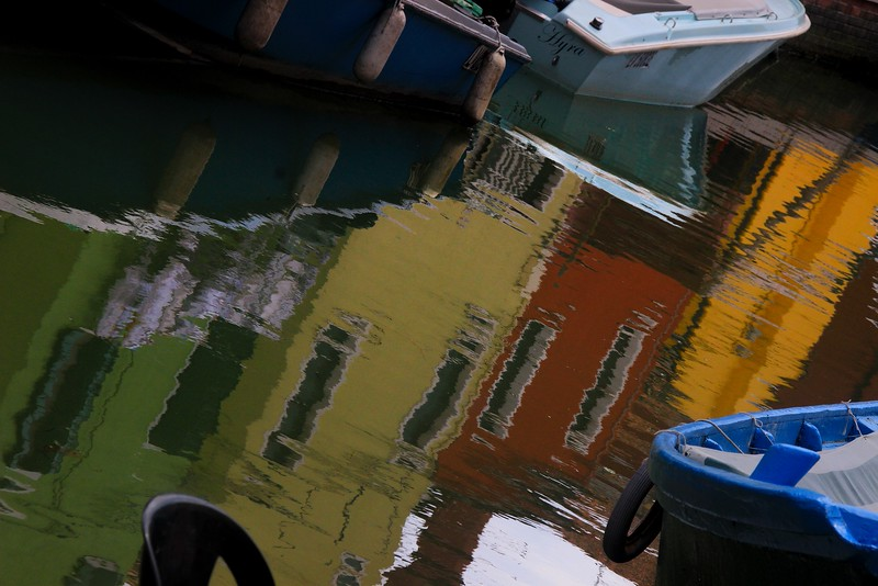 AITALY 2015, 10 02183B, SMALL, reflections, Burano.jpg