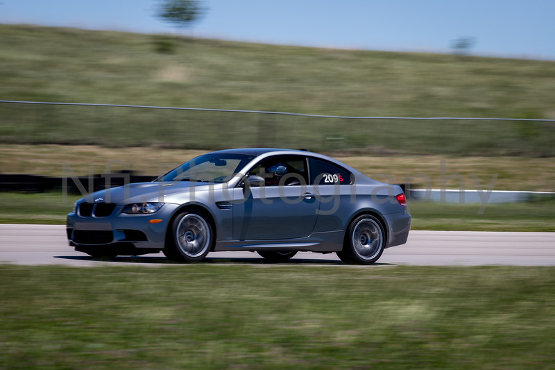 Flat Out Group 2-370.jpg