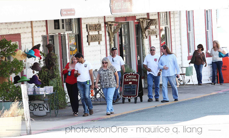 Club members explore the streets of Sutter Creek.