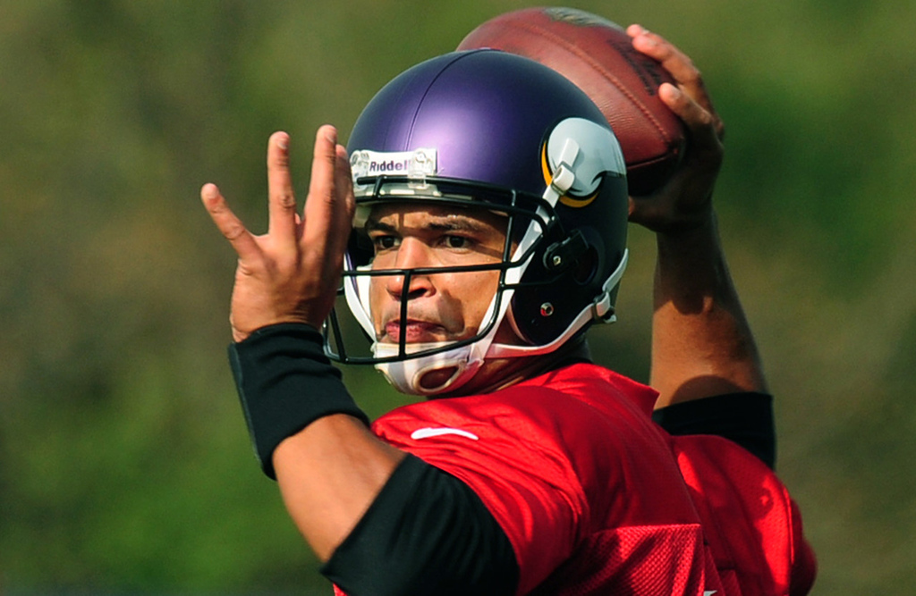 ". ""I don�t know if one guy can save your season. You need your offense, your defense, your special teams, and you need the chemistry to have a chance to be a good football team,\""  said new Vikings quarterback Josh Freeman, who throws during practice at Winter Park in Eden Prairie on Thursday, October 17, 2013.  (Pioneer Press: Scott Takushi)"
