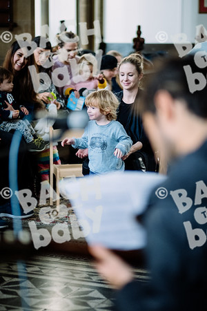 © Bach to Baby 2019_Alejandro Tamagno_Victoria Park_2019-11-27 012.jpg
