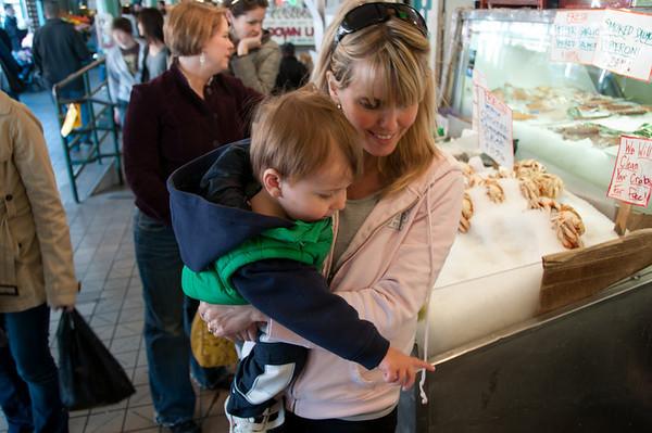 Lynda, Mason, Jill, Jake in Seattle 2010