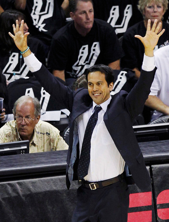 . Miami Heat head coach Erik Spoelstra directs his team against the San Antonio Spurs in the first half during Game 3 of their NBA Finals basketball series in San Antonio, Texas June 11, 2013. REUTERS/Mike Stone