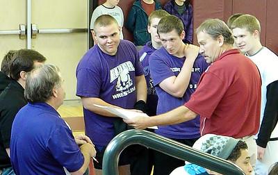 2012-2013 Varsity B Wrestling at Western Hills Tournament