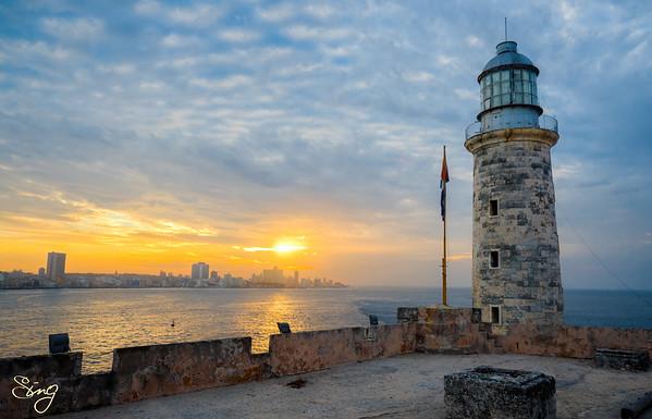 Sunset View From El Castillo De Los Tres Reyes Del Morro. La Habana, Cuba