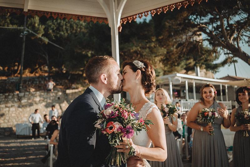 Tu-Nguyen-Wedding-Photography-Hochzeitsfotograf-Destination-Hydra-Island-Beach-Greece-Wedding-112.jpg