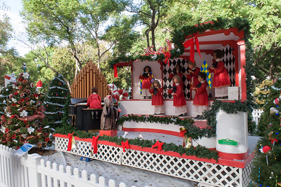 Christmas in the Park 2014-12-06
