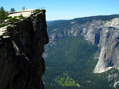 Yosemite Day Hikes: July 2-4, 2011