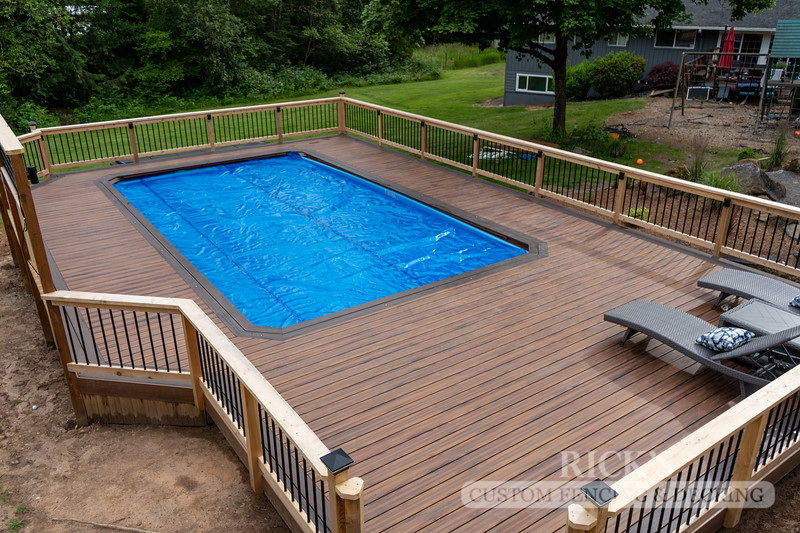 1259 - LifeStyle HDPE Composite Decking