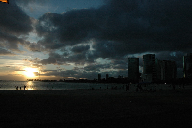 Hawaii - Ala Moana Beach Sunset-13.JPG