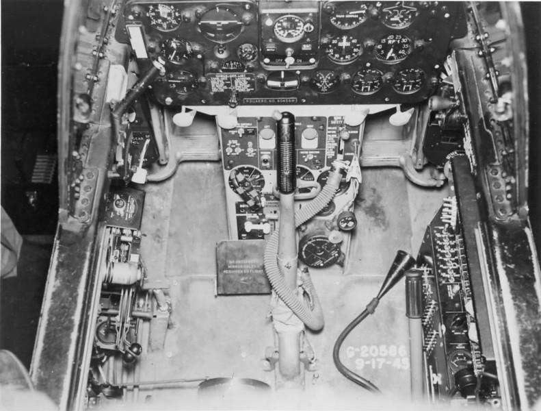 F7F-3Pcockpit_zpsbece24f7.jpg